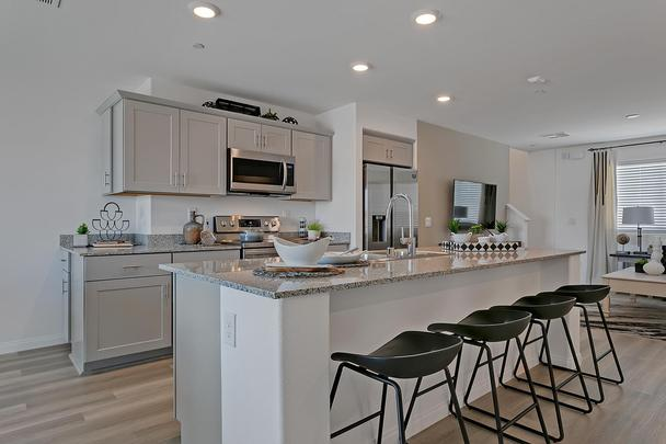 Mosaic Quartz Plan 330 Kitchen