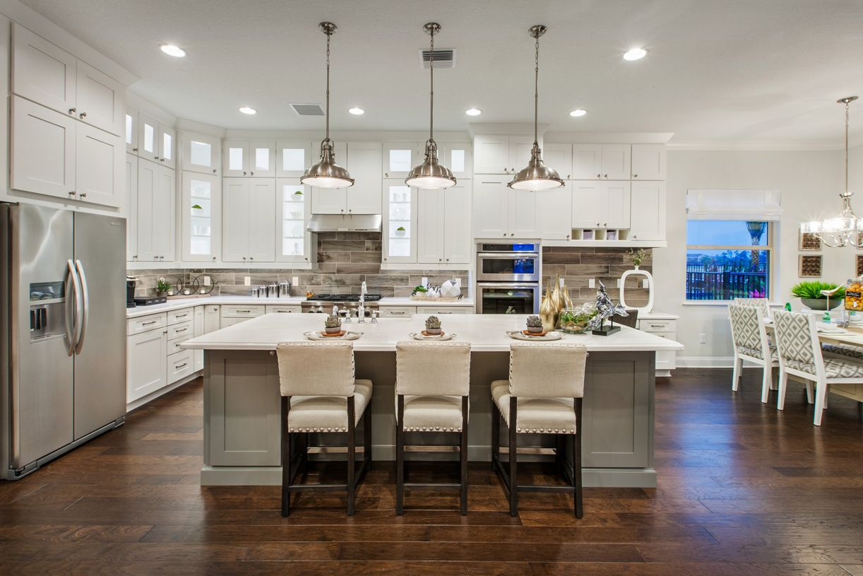 Colonial Kitchen New Luxury Homes In Orlando Fl Newhomesource