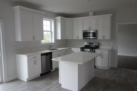 Kitchen-in-The Windsor-at-Stratford Farms-in-Poughkeepsie