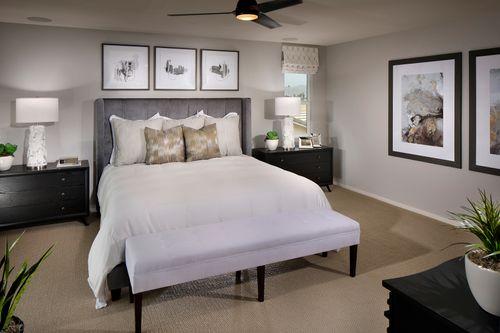 Bedroom-in-Madison-at-Court at Hideaway-in-Hemet