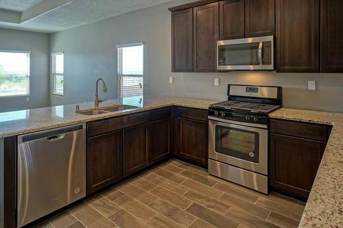 Kitchen-in-The Tabitha-at-Rancho Valencia-in-Los Lunas