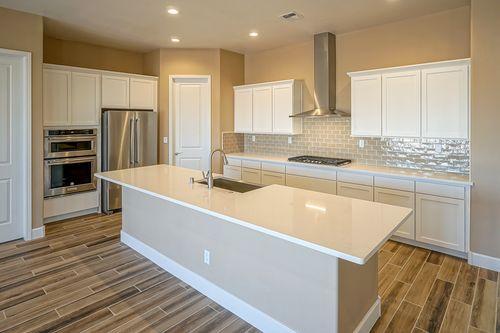 Kitchen-in-The Marilyn II-at-Desert Ridge-in-Albuquerque