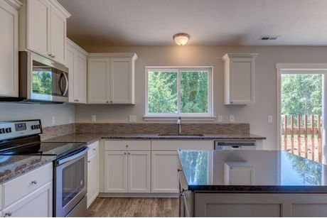 Kitchen-in-The Oswego - Build On Your Lot-at-Southern Oregon-in-Central Point
