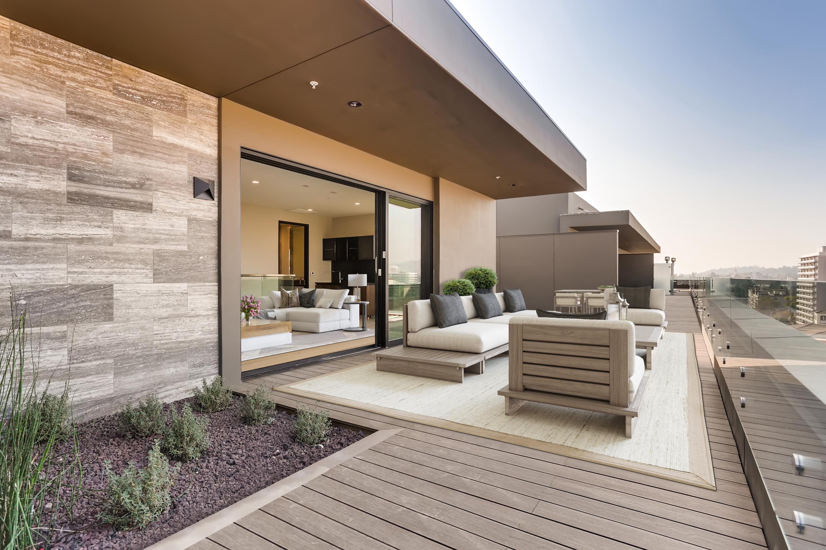 Exterior featured in the Penthouse 3 By Adept Urban  in Los Angeles, CA
