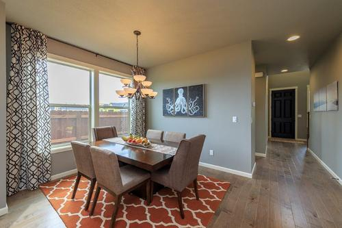 Dining-in-2952-at-Thomas Manor Phase 1-in-Cheney