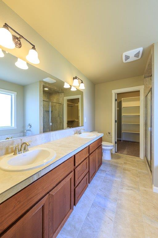 Bathroom featured in the 2237 By Aho Construction I, Inc. in Yakima, WA
