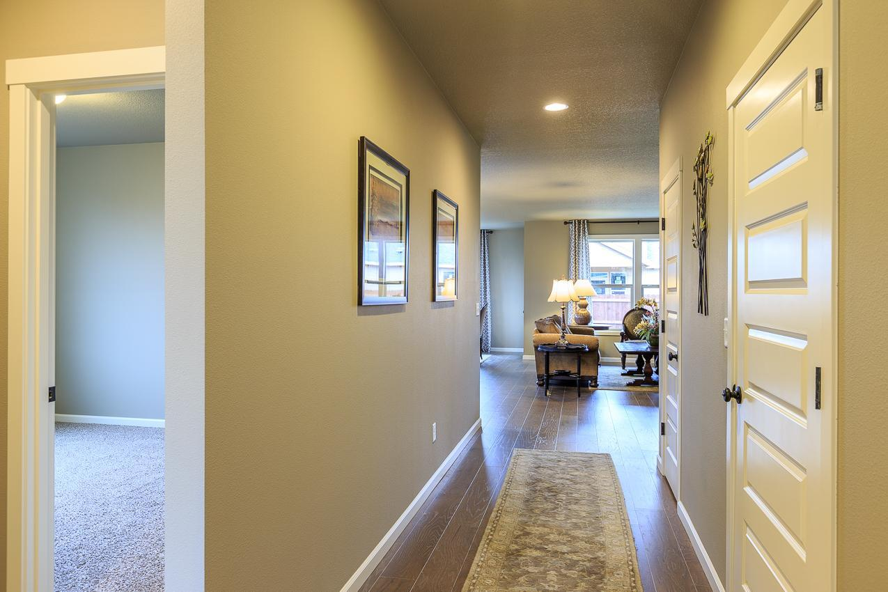 Living Area featured in the 2061 By Aho Construction I, Inc. in Yakima, WA