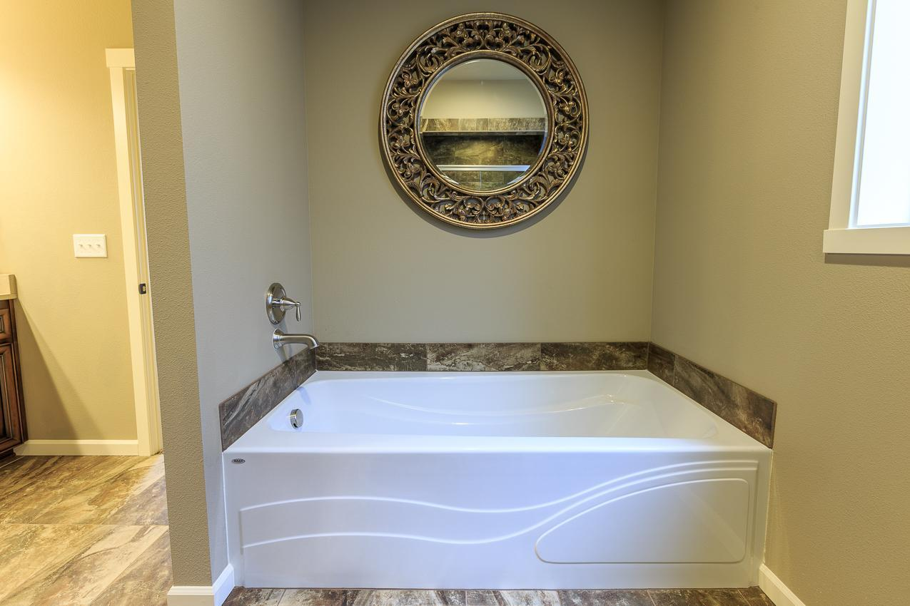 Bathroom featured in the 2061 By Aho Construction I, Inc. in Yakima, WA