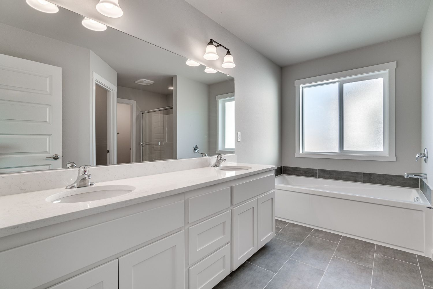 Bathroom featured in the 2952 By Aho Construction I, Inc. in Yakima, WA