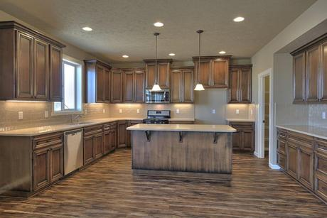 Kitchen-in-2541-at-Sun Terrace Phase 6-in-Moses Lake