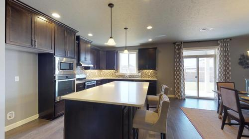 Kitchen-in-2305-at-Linda Loviisa Phase 9-in-Pasco