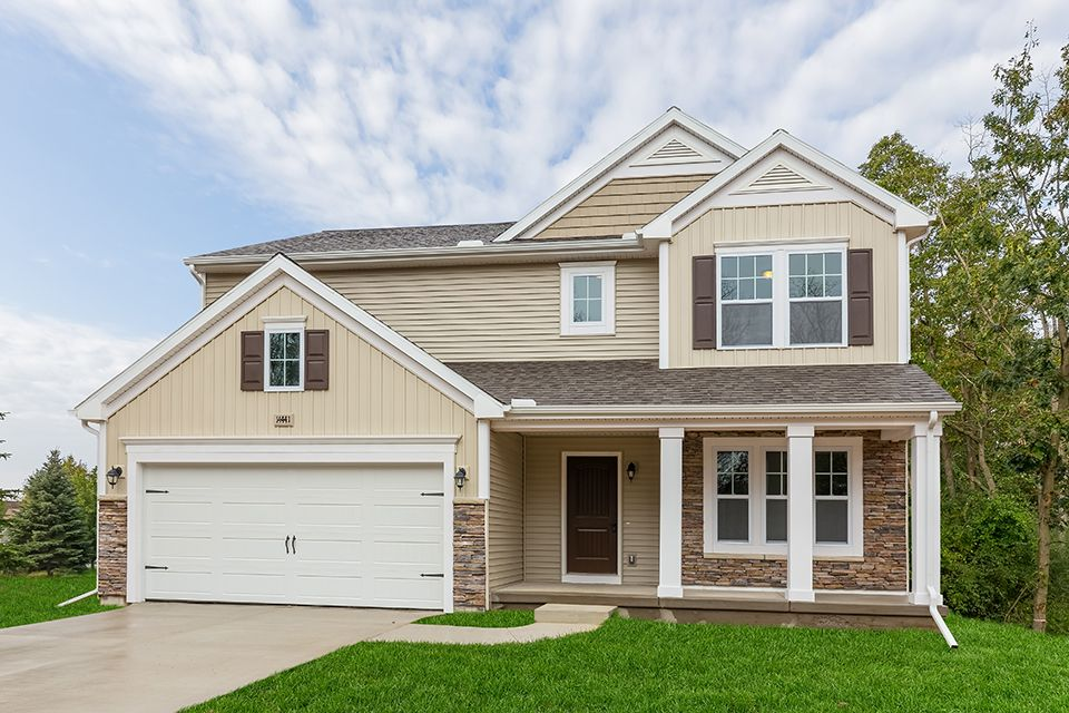 Elements 2390 model at 2322 cherry tree lane for Home builders southeast michigan