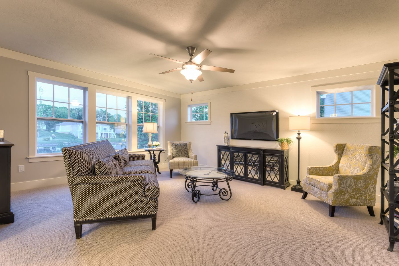 Living Area featured in the Elements 2200 By Allen Edwin Homes in South Bend, IN