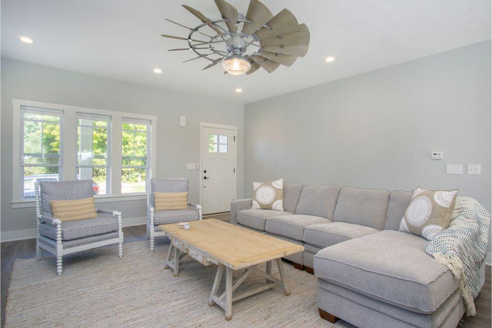 Living Area featured in the Harbor Club 2100 By Allen Edwin Homes in Kalamazoo-Battle Creek, MI