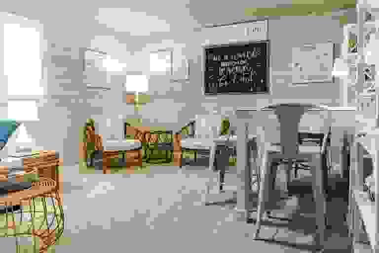41996465-200303.jpg