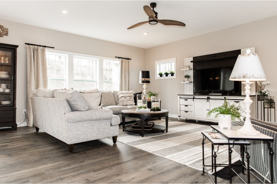 Living Area featured in the Elements 2700 By Allen Edwin Homes in Benton Harbor, MI