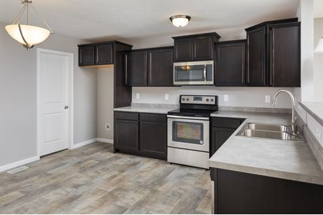 Kitchen-in-Classics 1750-at-Rolling Meadows Estates-in-Hudsonville
