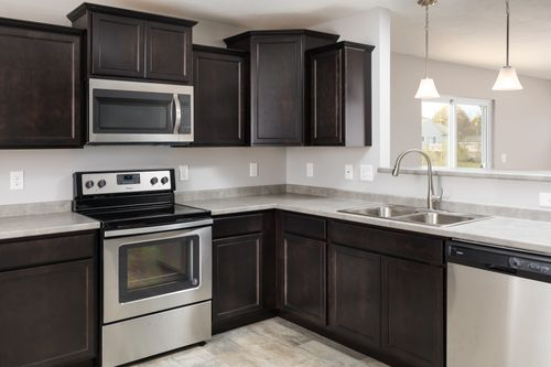 Kitchen-in-Classics 1750-at-Laurel Creek-in-South Bend