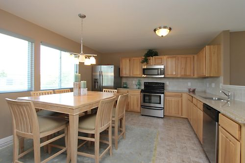 Kitchen-in-Classics 2100-at-Autumn Vineyards-in-Paw Paw