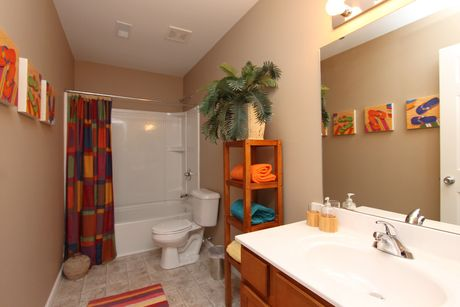 Bathroom-in-Classics 2100-at-The Gardens-in-Mason