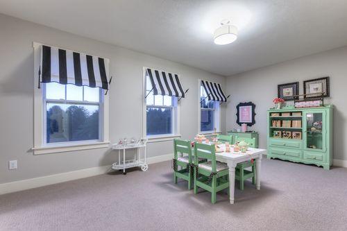 Recreation-Room-in-Elements 2200-at-Centennial North-in-Vicksburg