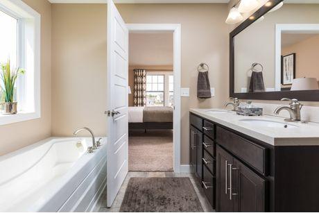 Bathroom-in-Elements 2600-at-Trail Ridge Estates-in-Grand Blanc
