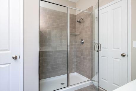 Bathroom-in-Traditions 1600 V8.0b-at-Orchard Hills of Fenton-in-Fenton