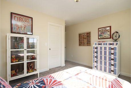 Bedroom-in-Elements 2700-at-Diamond Glen-in-Howell