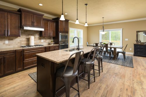 Kitchen-in-Traditions 2900 V8.2b-at-Glenmoor Manor-in-Holt