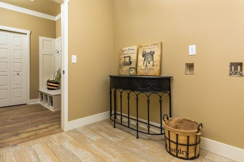 Study-in-Traditions 2900 V8.2b-at-Estates at Longmeadow-in-Niles