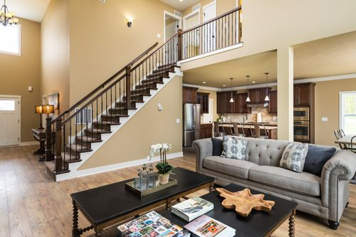 Greatroom-and-Dining-in-Traditions 2900 V8.2b-at-Estates at Longmeadow-in-Niles