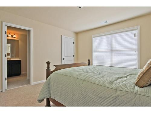 Bedroom-in-The Colton-at-Wildflower Park-in-Auburn