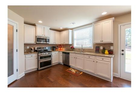 Kitchen-in-The Georgian-at-Park Walk at Lanier-in-Flowery Branch
