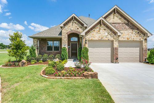 Astonishing New Homes In Dallas Tx Under 200K 11 Communities Home Interior And Landscaping Mentranervesignezvosmurscom