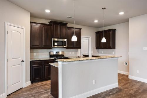 Kitchen-in-Amber-at-Creek Crossing-in-Melissa