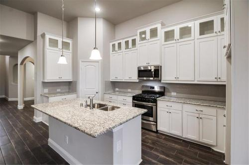Kitchen-in-Brentwood-at-Sonoma Verde-in-Rockwall