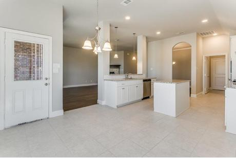 Kitchen-in-Albany II-at-Hunter Lakes-in-McKinney