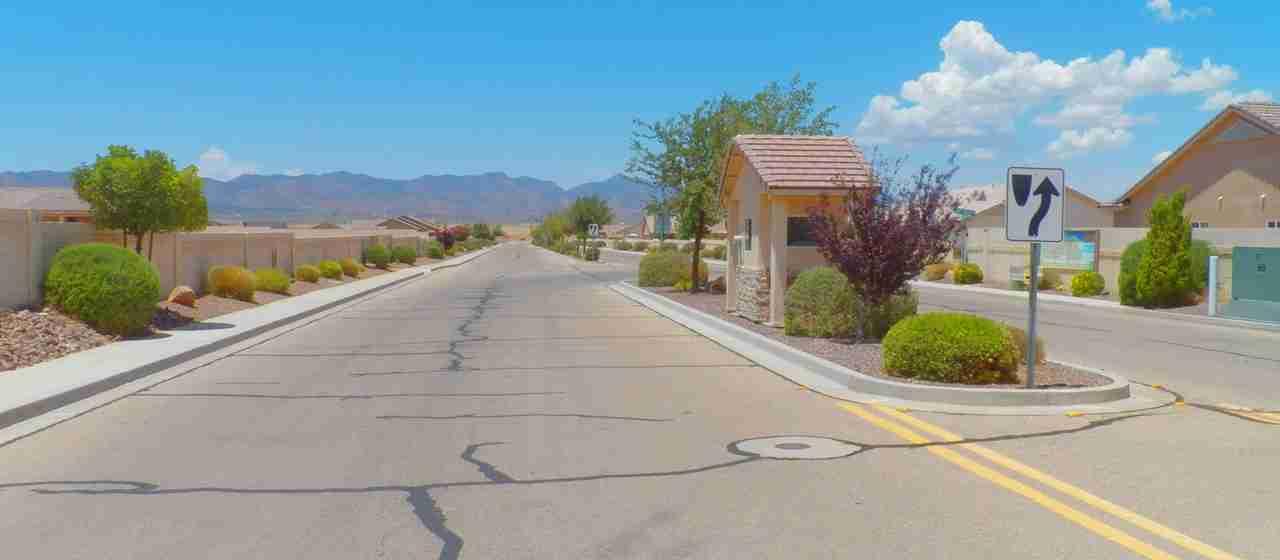 Entry Boulevard