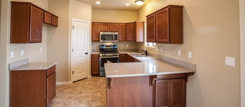 Kitchen-in-Juniper 1410-at-Cerbat Vistas-in-Kingman