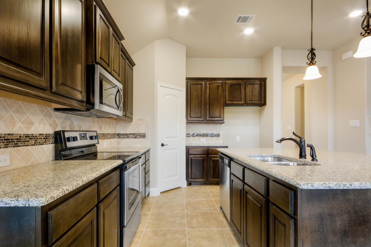 Kitchen-in-1991-at-Rosemary Ridge-in-Crowley