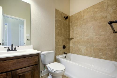 Bathroom-in-1991-at-Maplewood Estates-in-Glenn Heights