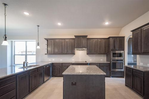 Kitchen-in-2465-at-The Estates at North Grove-in-Waxahachie