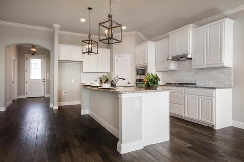Kitchen-in-2267-at-Chisholm Trail Ranch-in-Fort Worth