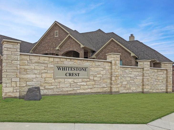 Whitestone Crest 1