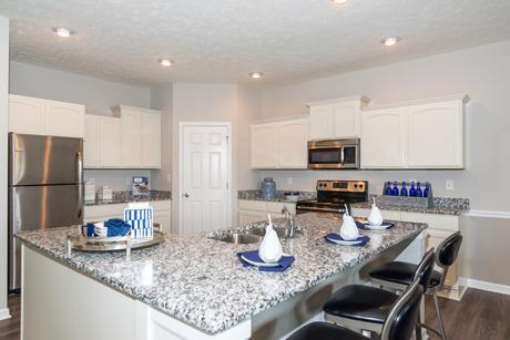 Kitchen-in-Cottonwood-at-Sagebrook-in-McCordsville