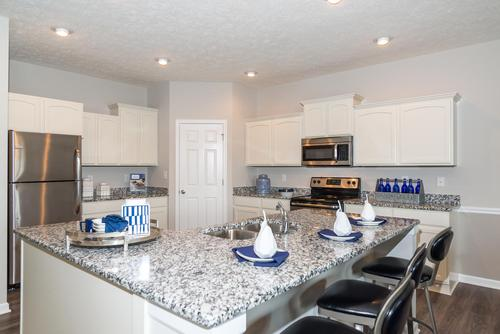 Kitchen-in-Cottonwood-at-Maple Trails-in-Pendleton