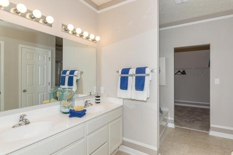 Bathroom-in-Cottonwood-at-Parks at Wynne Farms-in-Avon