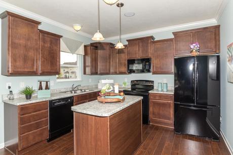 Kitchen-in-Spruce-at-Sagebrook-in-McCordsville