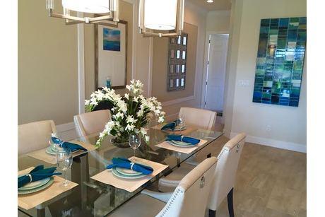 Dining-in-ECHO-at-Pointe Midtown-in-Palm Beach Gardens
