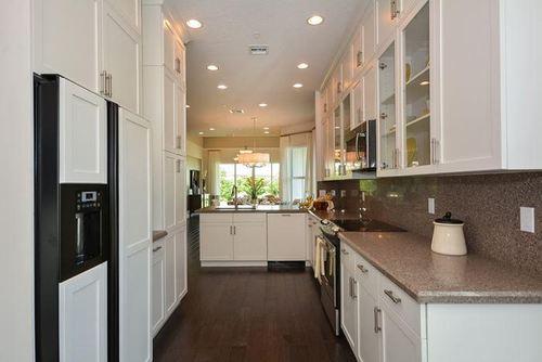 Kitchen-in-WAVE-at-Pointe Midtown-in-Palm Beach Gardens